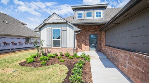 Homes by Taber Hummingbird Floor Plan-3702 Addison Ave