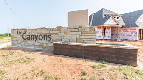 Homes by Taber Mustang Community Canyons