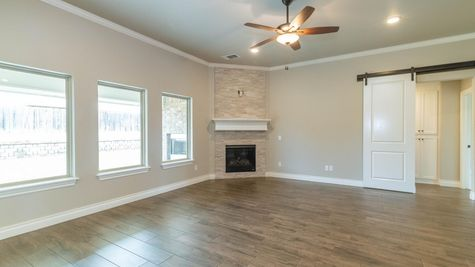 Homes by Taber Hazel Bonus Room with 5 Bedroom Floor Plan - 325 Perth Dr