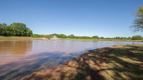 Fountain Pond at Hidden Prairie in Edmond