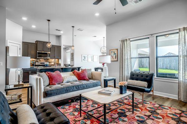 Fitzgerald Living Room, Kitchen & Breakfast Area
