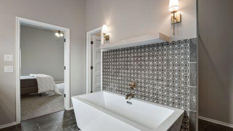 Abernathy Master Bathroom