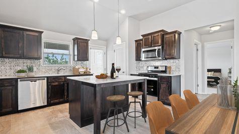 Gabriella Breakfast Area/Kitchen