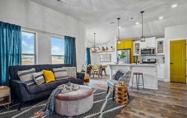Drummond Living Room, Kitchen & Breakfast Area