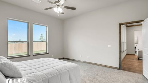 Bradford master bedroom - new home in Edmond or Norman