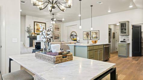 Breakfast Area, Kitchen & Living Area