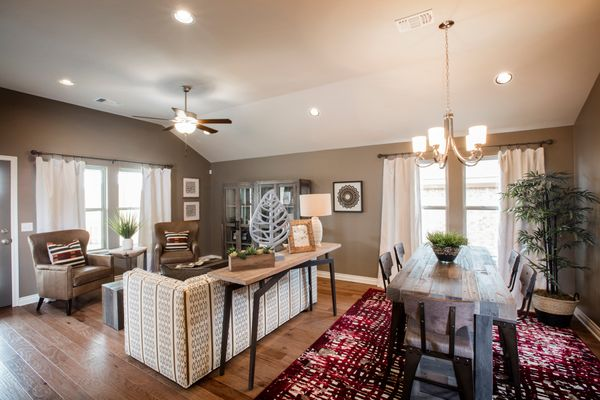 Frederickson Living Room & Breakfast Area