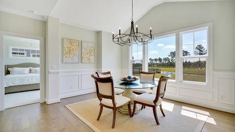 Amelia Bay, Dining Room
