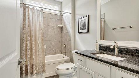 Jonesport, Guest Bath