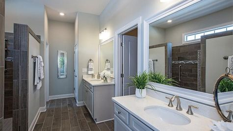 Mango Bay, Master Bath