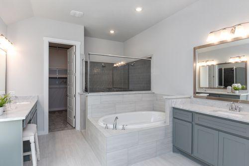 Regent Park Owner's Bathroom