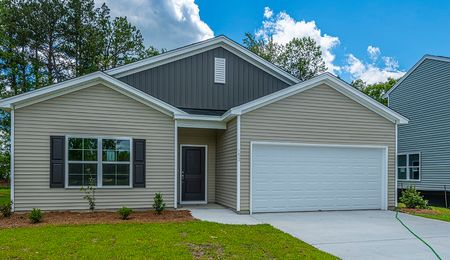 153 Clydesdale Circle