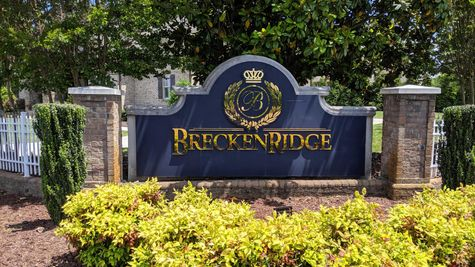 Entrance to the new home community of Brekenridge in Thomasville NC