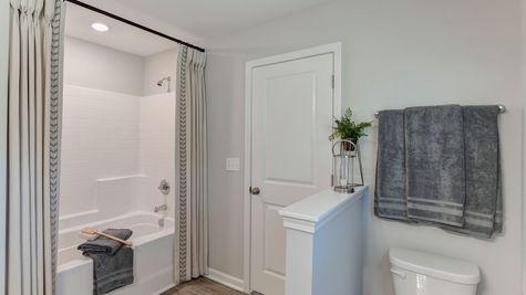 Primary Bathroom | Dawson Plan