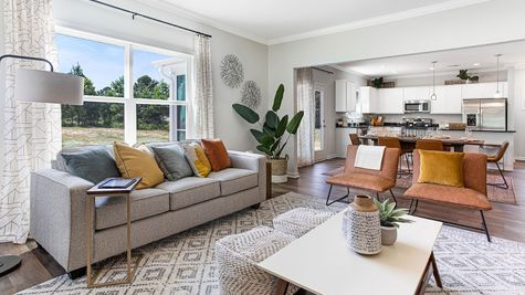 Family Room | Russell Plan