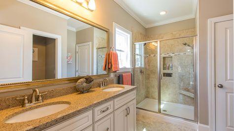 Master Bathroom | Victor Plan