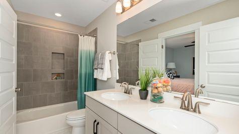 Bathroom | Victor Plan