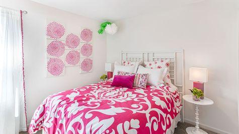 Secondary Bedroom | Russell Plan