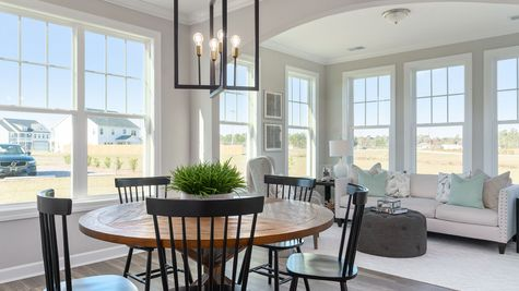 Eat-In and Sunroom | Parker Plan