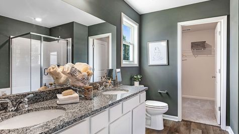 Primary Bathroom | Russell Plan