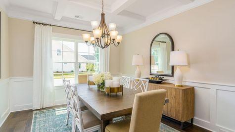 Dining Room | Edgewood Plan