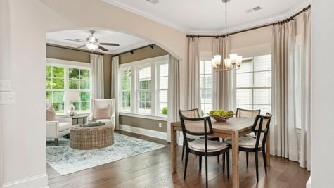 Eat-In and Sunroom | Victor Plan