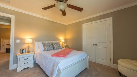 Guest Bedroom |  Victor Plan