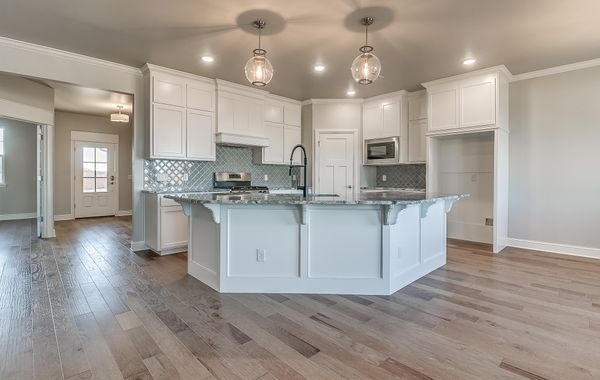 New Home for Sale in Norman, Norman Schools, Luxury Kitchen, Oklahoma Home Builder