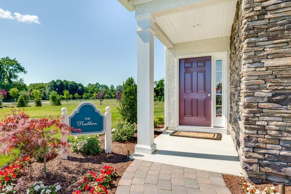 Front Door of the one story Hawthorn model new home in South New Jersey