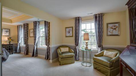Sitting area of Brandywine master bedroom