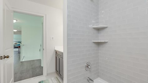 The Oxford Elite - Hall Bathroom