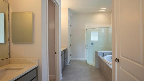 The Lafayette at Heritage Trace Lot 314 Owner's Bath