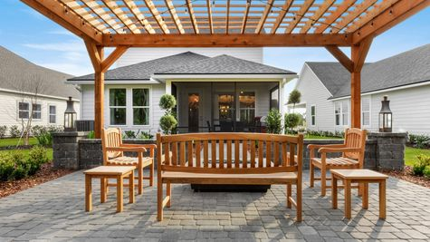 Hernando Model - Outdoor Living Area 3