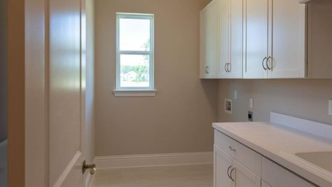 The Broward at Lot 457 in The Outlook Laundry Room