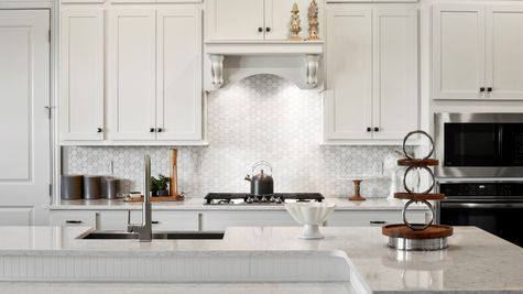 Collier Model - Kitchen 7
