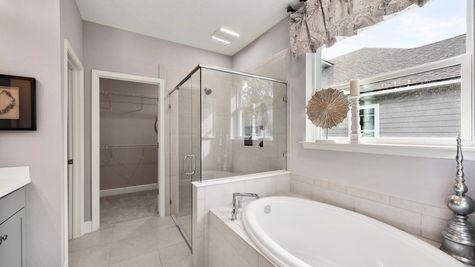Apopka Model - Owners Bath 2