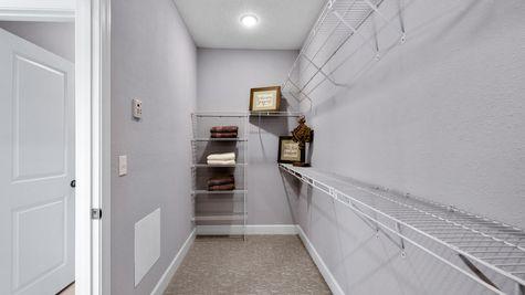 The Apopka Model at Pioneer Village Owner's Closet