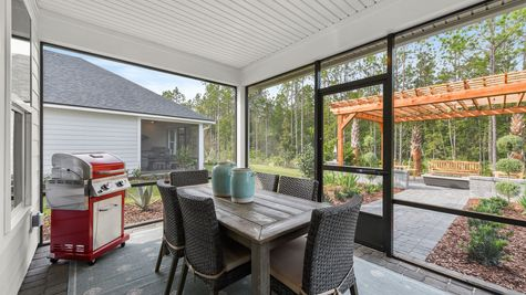 Hernando Model - Covered Patio w/ Screened Enclosure
