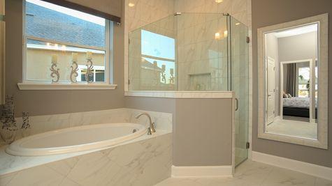 The Lafayette Model at Greenleaf Owner's Bath
