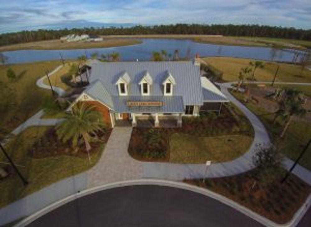 Gran Lake community