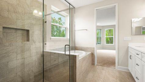 PV074 Apopka Garden Tub & Walk-In Shower