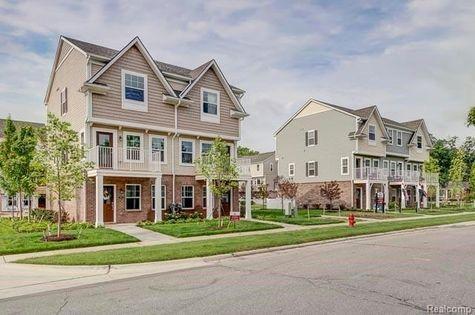 401 N Heatherdale Lane N #46