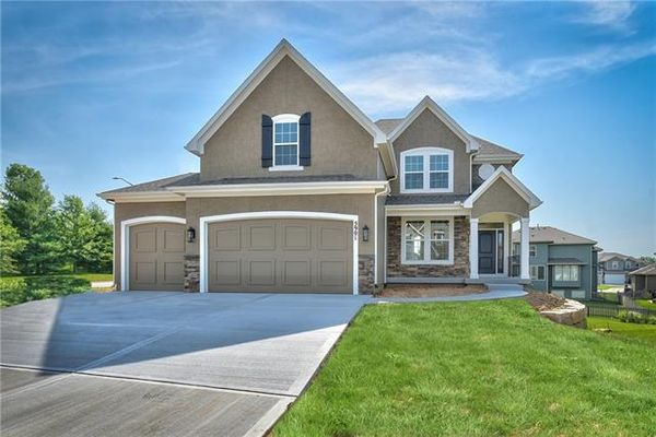 PICTURES ARE OF PREVIOUS SPEC OR MODEL HOME AND MAY FEATURE UPGRADES. NOT ACTUAL HOME.