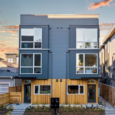 Element I in Capitol Hill