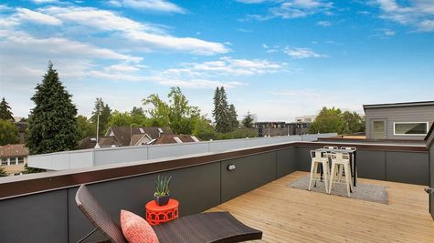 Roof Deck of the Sullivan Townhome at 212A 17th Ave E by Sage Homes Northwest