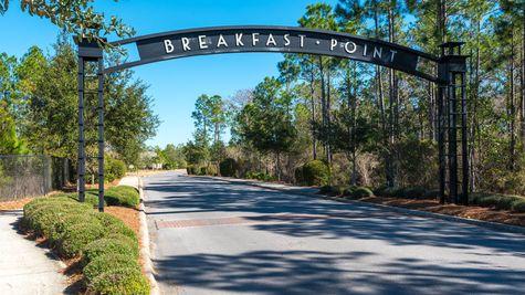 Breakfast Point Entry