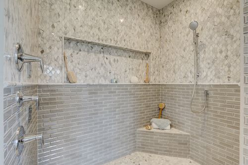 Granite shower in a Tim O'Brien home in Madison WI