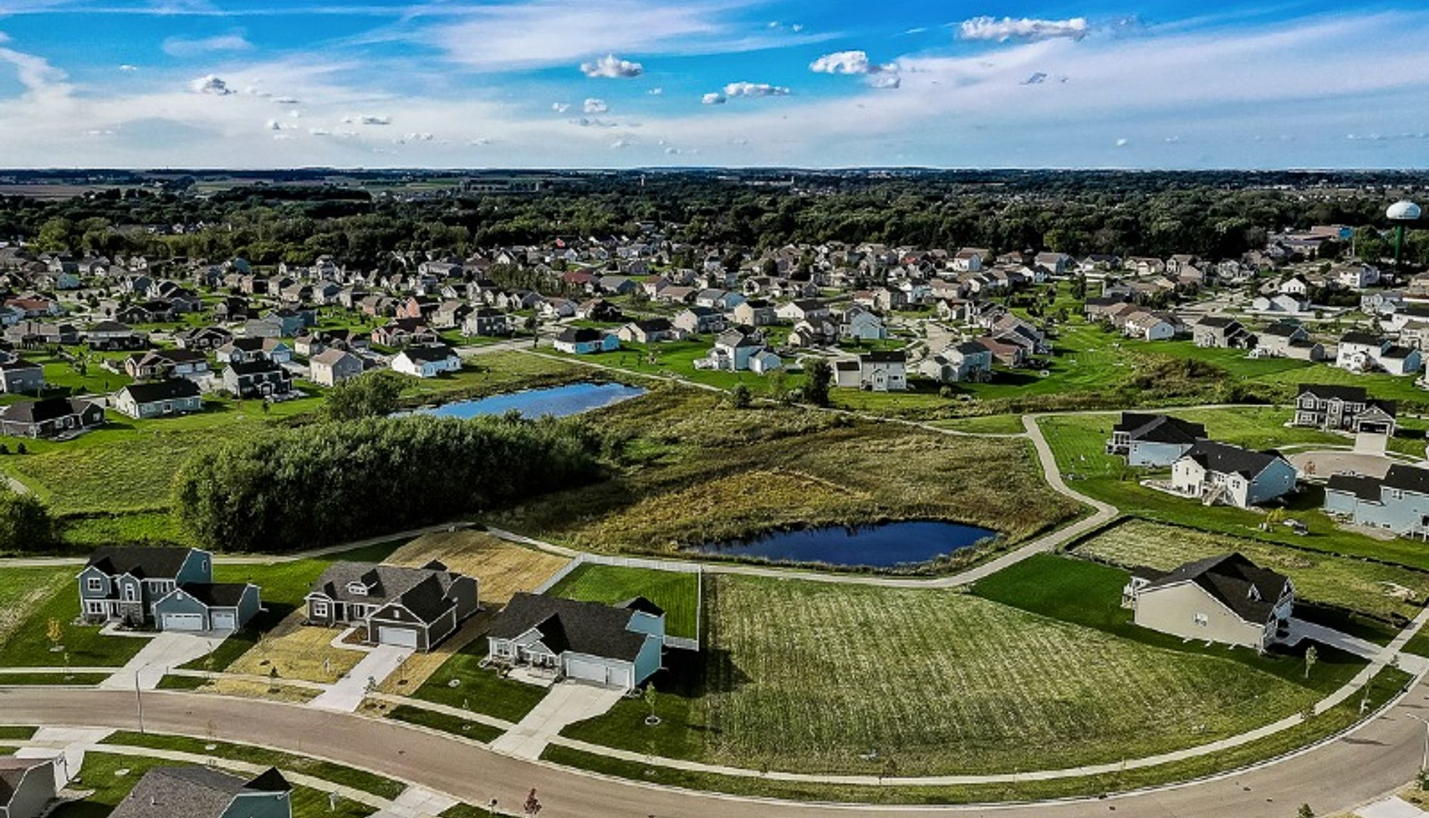 Aerial view of new homes in Windsor WI