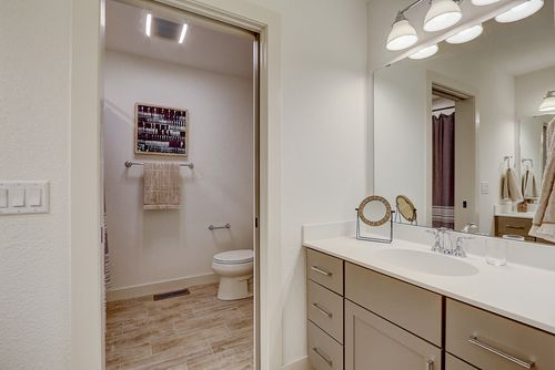 Master bathroom by Wisconsin home builders Tim O'Brien