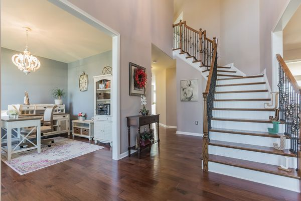 entryway in a new home community in quails nest in dover, DE